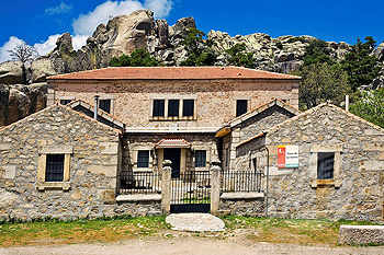 """Albergue """"Casa de la Cueva"""""""