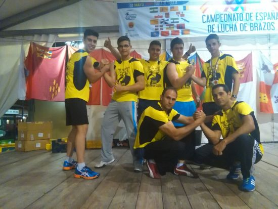 Equipo Navero en el XXIV Campeonato de Espana.. Jorge, Gabriel, Ionel, Sergio, Victor, Hristo y Marino