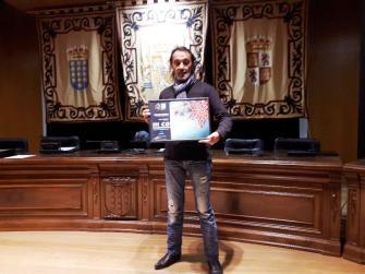 """Recoge el Premio """"Mago Blanco"""" en nombre de Flash Rock & Bar"""