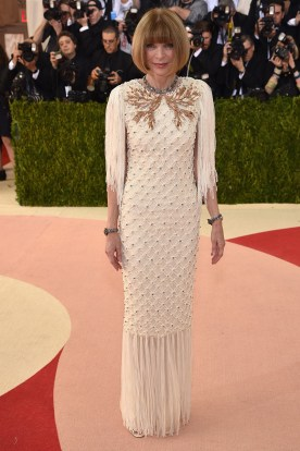 La anfitriona Anna Wintour de Chanel Haute Couture.