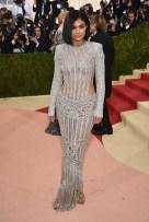 Kylie Jenner de Balmain.