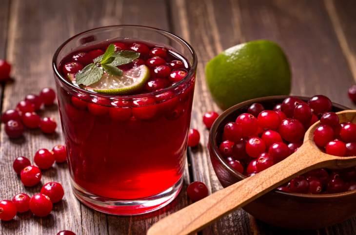 Zumo de arándanos, otra de las excelentes bebidas naturales para bajar de peso.