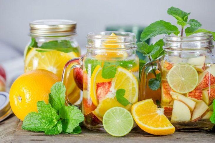 Las frutas son fuente de vitaminas y ademas ayudan a quemar la grasa