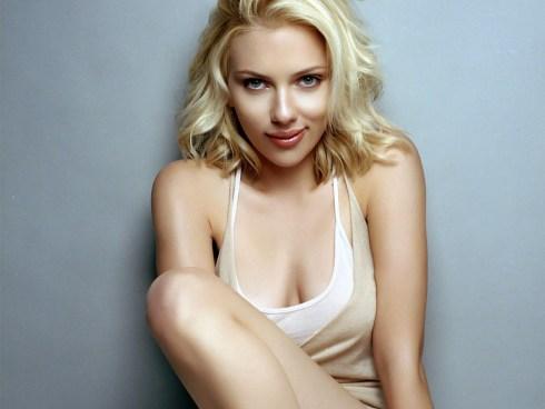 scarlett-johansson-hot-wallpaper-hd-beautiful-Scarlett-Johansson-images-desktop