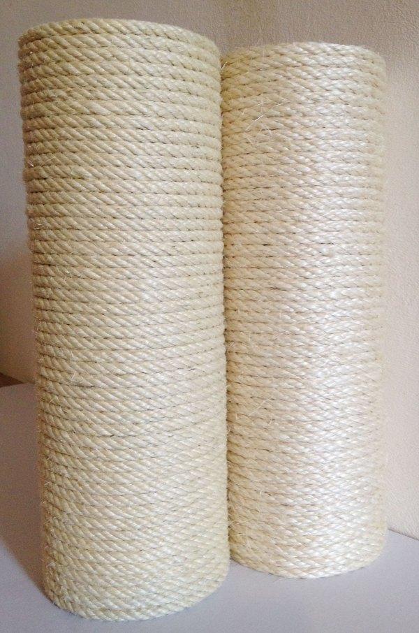 Pali in maPali ricoperti da corda di qualità superiore bianca del Madagascar - diametri 13 cm e 16 cmssello di castagno con corda di qualità superiore bianca del Madagascar