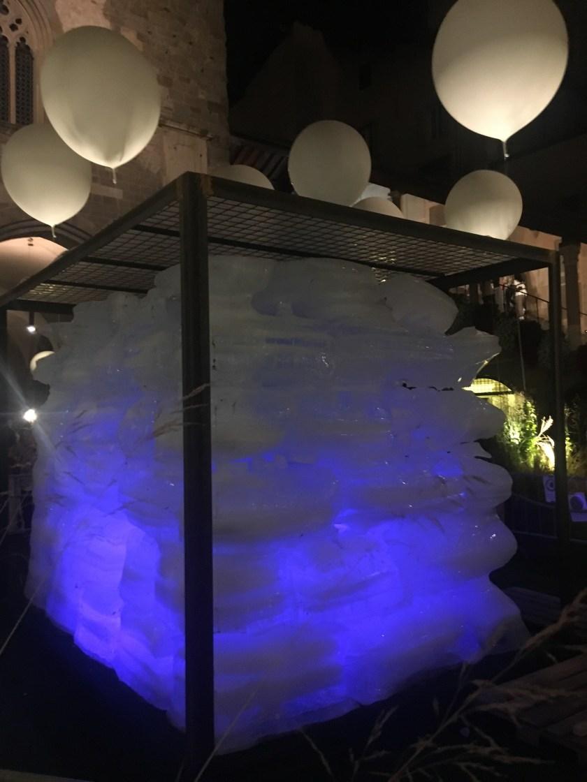 Ice Cube di notte: il disgelo del ghiaccio è iniziato