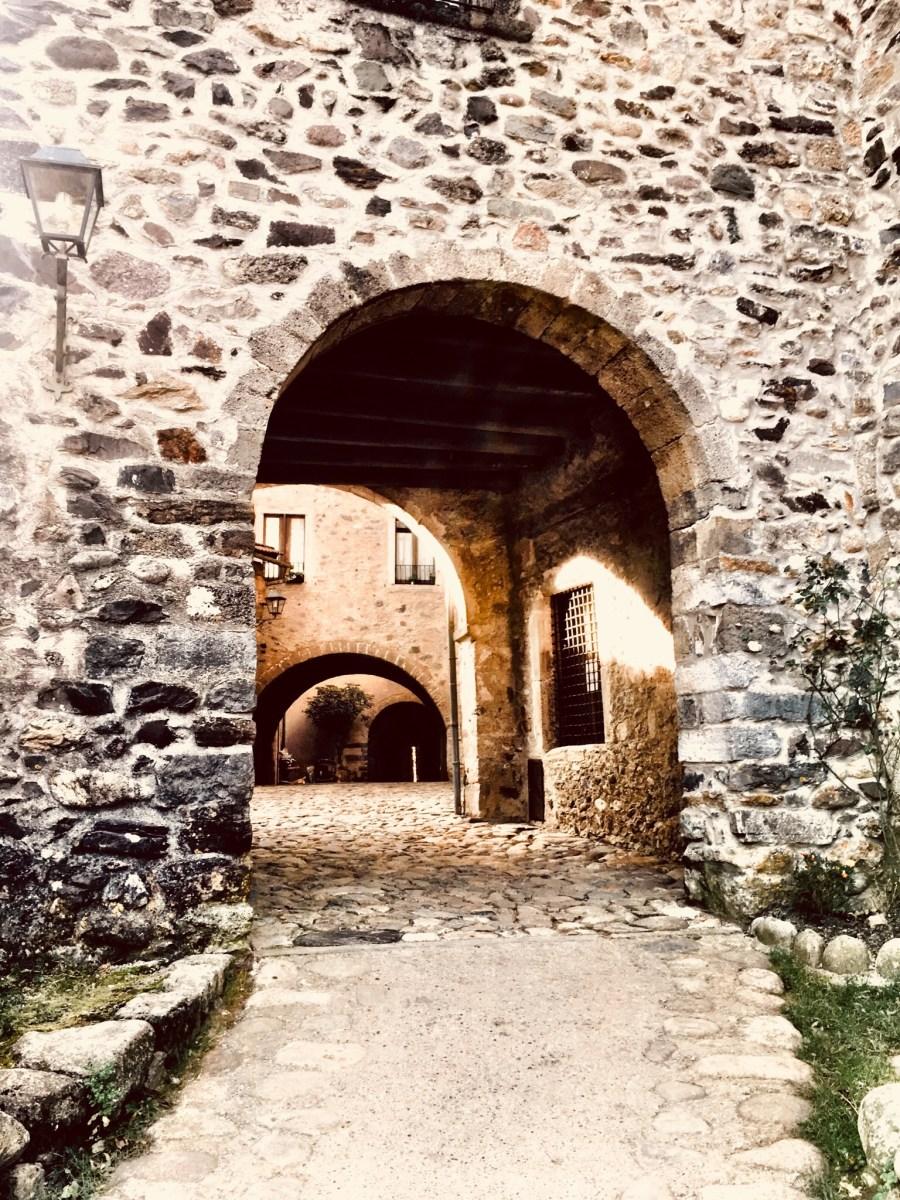 Visitare uno dei borghi più belli d'Italia, Cornello dei Tasso