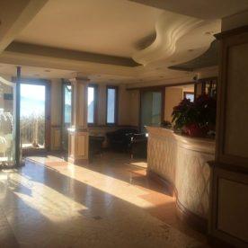 La hall dell'Hotel Ristorante Miranda di Riva di Solto