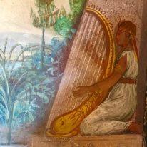 affreschi nella Sala degli Egizi a Palazzo Bazzini
