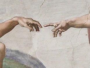 dettaglio mani creazione Michelangelo