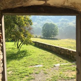 I prati intorno al monastero di astino
