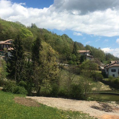 Fuipiano Valle Imagna visto dalla SPA Casa dell'Acqua