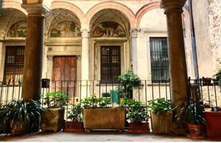 Palazzo Bossi in Borgo Canale