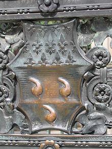 curiosità bergamo Alta: stemma del Colleoni