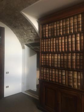 L'archivio della Fondazione Palazzo Moroni al pian terreno del Palazzo