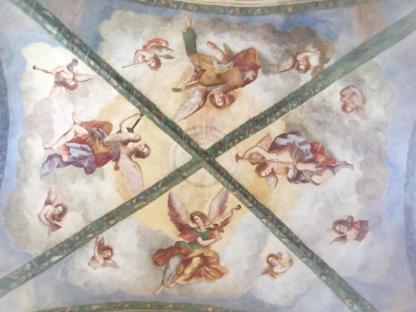 angeli musicanti sulla volta della Madonna dei Campi di Calvenzano