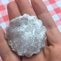 Biscotto crudo con farina