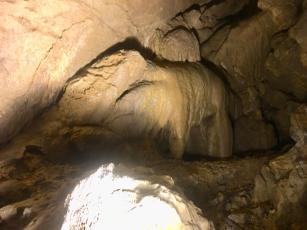 ippopotamo nelle grotte del sogno