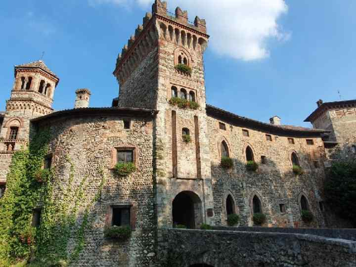 Castello di Marne.jpg