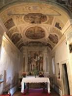 Interno della chiesetta di San Cristoforo