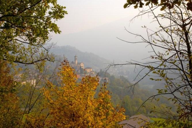 Foliage in Valle Imagna.jpg