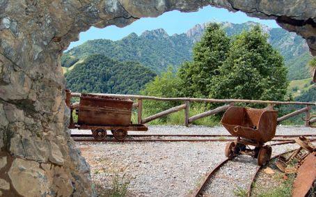 Miniere di Gorno vista dall'interno verso l'esterno