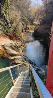 6 Parco del Gigante di Luzzana passerelle e scalette sopra l'acqua