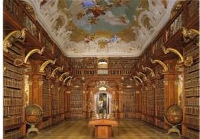 Globi del Coronelli nella biblioteca dell'Abbazia di Melk (Austria)