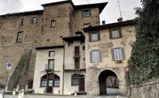 Porta del Pantano Piazza Mascheroni