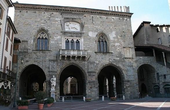 Palazzo della Ragione Piazza Vecchia Bergamo