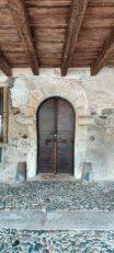 Portale sotto l'Antica Via Porticata di Averara