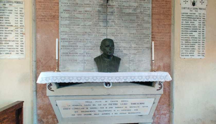18 l'urna dove è seppellito Todeschini