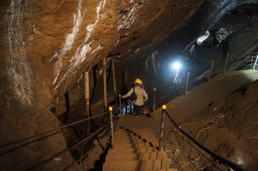 Raffi Garofalo scende nelle miniere di Schilpario
