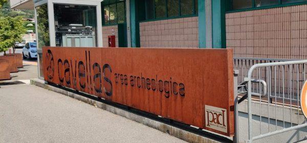 Cavellas area archeologica entrata laterale Migros