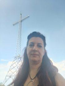 Raffi sotto la Croce GESP sul Monte Zucco