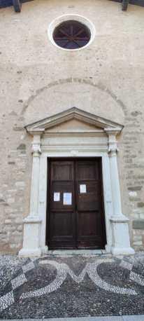 Santa Maria del Castello sagrato e portale