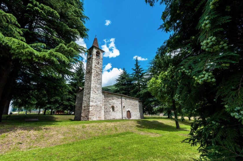 Chiesa di San Pietro in Vincoli a Spinone al Lago (BG)