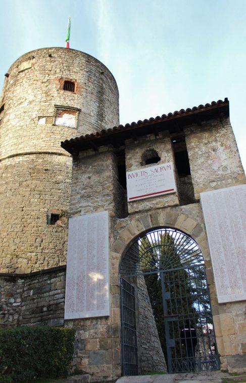 Rocca di Bergamo ingresso