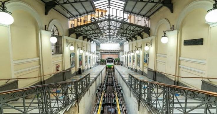 Funicolare Centrale Napoli