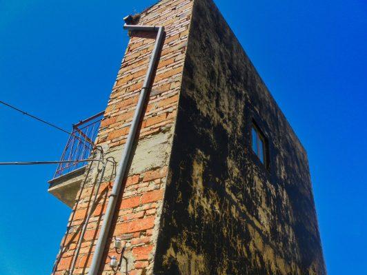 casa-del-dispetto casa più stretta del mondo sicilia