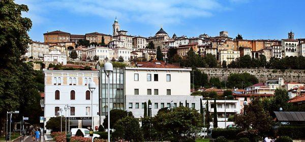 Come raggiungere Bergamo Alta a piedi con 8 percorsi diversi
