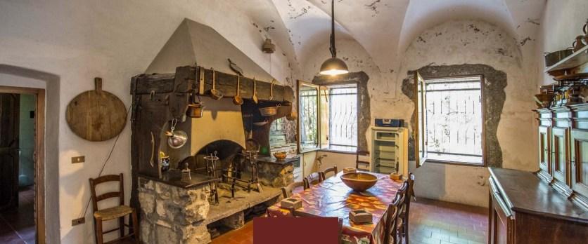 Rocca Martinengo di Monte Isola Interni Cucina