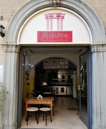 Ristoranti etnici a Bergamo Al Sultan palestinese vetrina