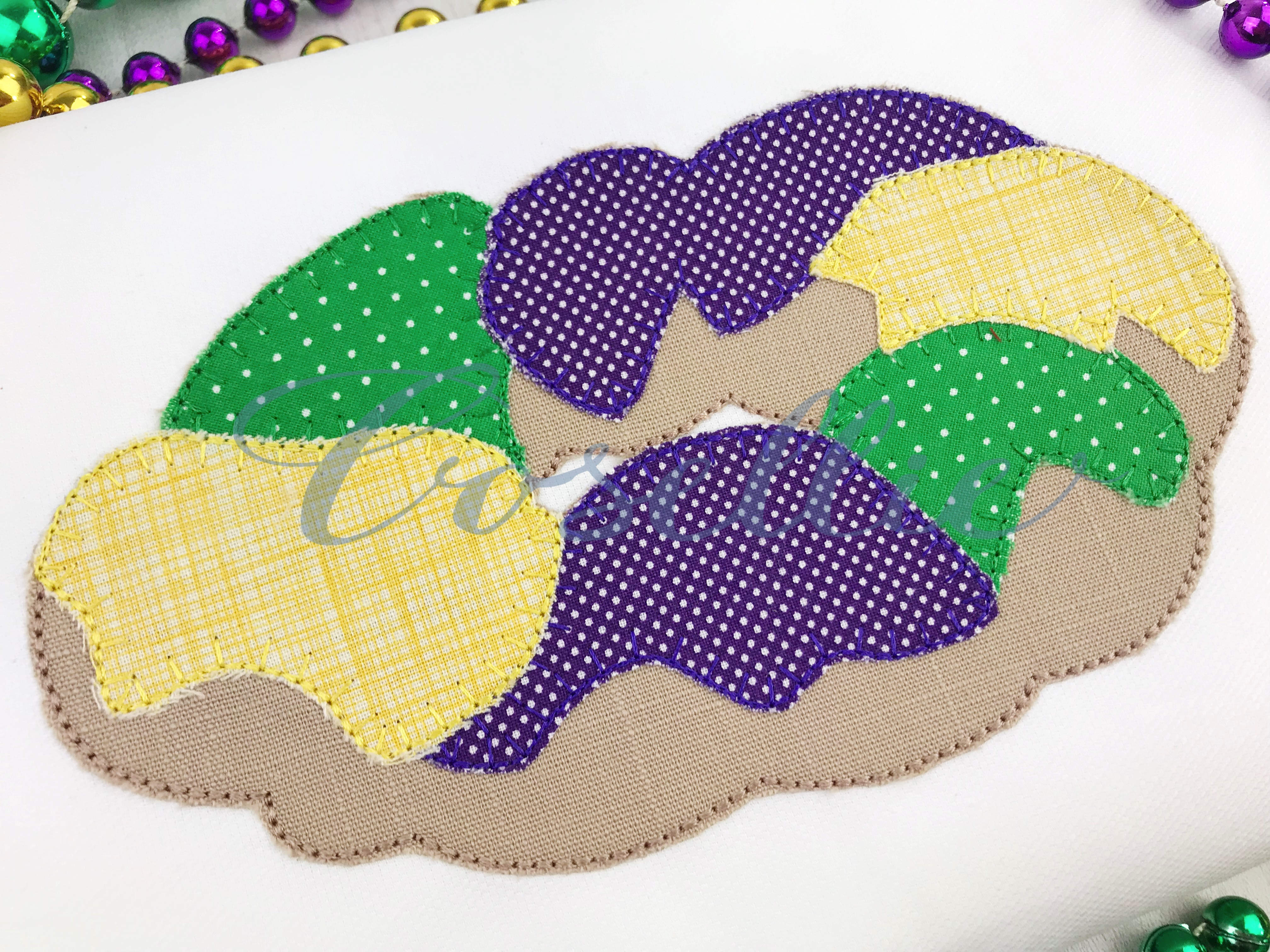 King cake applique embroidery design mardi gras cosellie