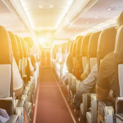 15 ways to entertain yourself on a long flight