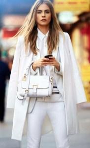 Trendu-ul sezonului rece: Asorteaza geanta cu paltonul
