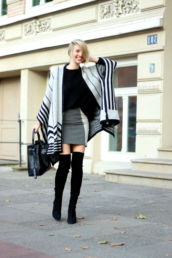 4.-stripes-cardigan-with-classic-outfit