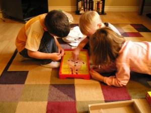 Jocul: befeniciile si importanta lui in dezvoltarea copilului