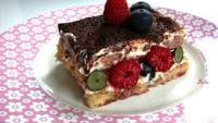 Tiramisu cu fructe: un desert delicios pentru inceputul de primavara