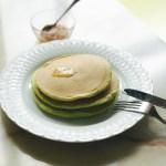 お手軽スーパーフード♡奇跡の木「モリンガ」で緑のパンケーキを試作